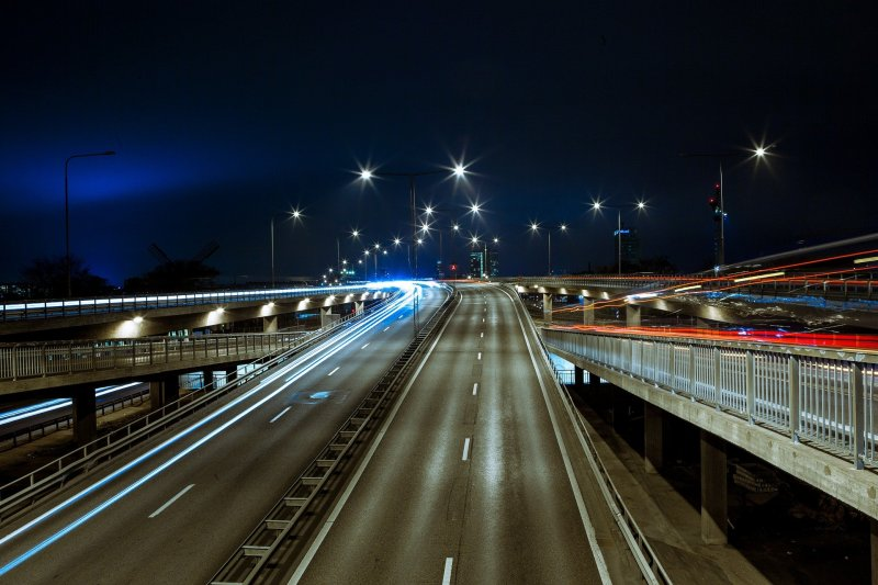 No al limite di 150 km/h in autostrada