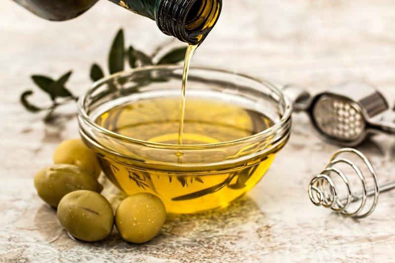 Stop all'olio extravergine d'oliva contraffatto
